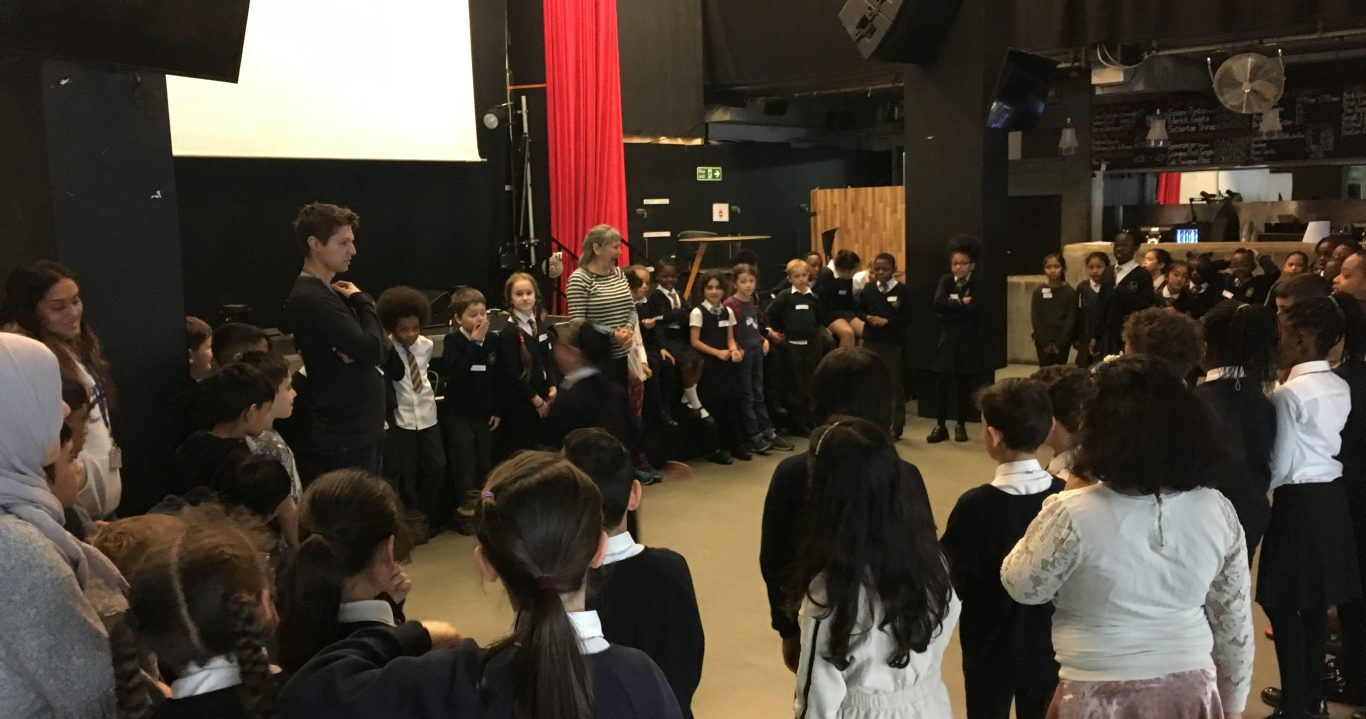 TOWER HAMLETS SCHOOLS LINKING PROJECT: Linking Lives Towards Community Cohesion