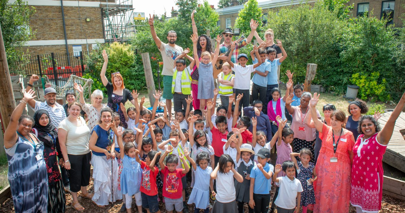 CREATIVE COMMUNITIES: Developing Learner-led Active Citizenship Initiatives in Tower Hamlets